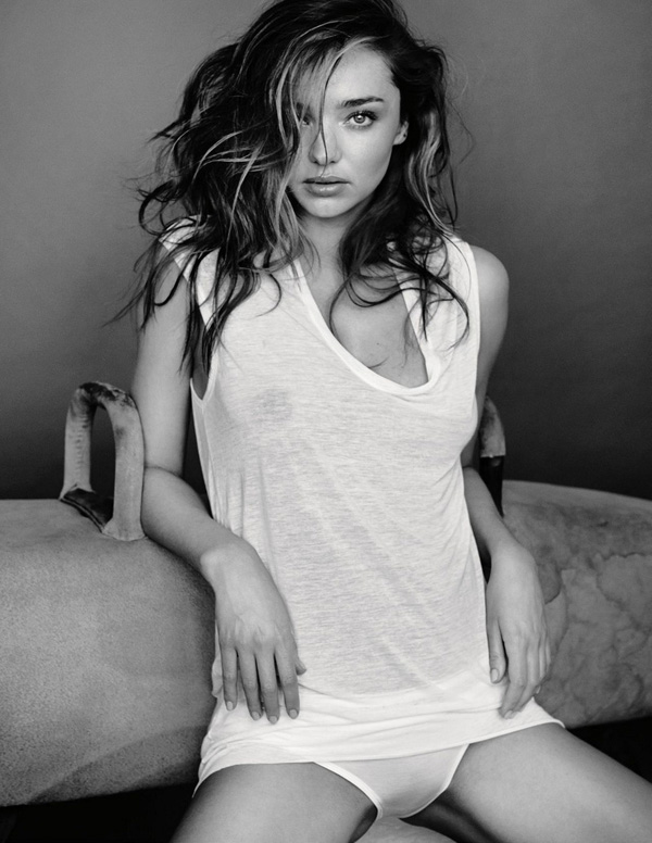 gq-uk-may-2014-miranda-kerr-by-mario-testino-5
