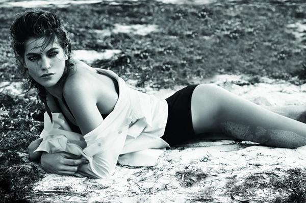 LExpress-Fashion-Magazine-Samantha-Gradoville-Alique-Summer-Bikinis-Oracle-Fox.8